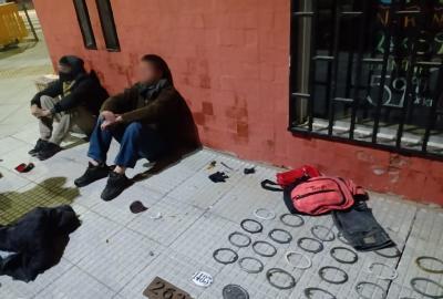 Detienen a dos ladrones en Villa Ortuzar